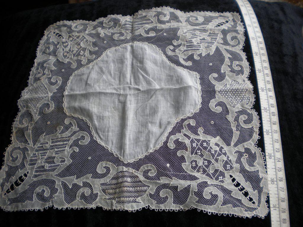 Carrickmacross Irish Lace Handkerchief c.1913